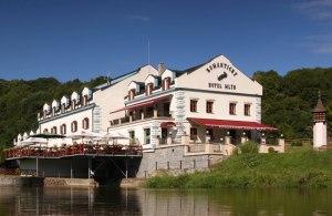 Romanticky Hotel Mlyn Karlstejn