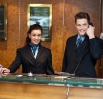 Jak sebevedome komunikovat s hostem