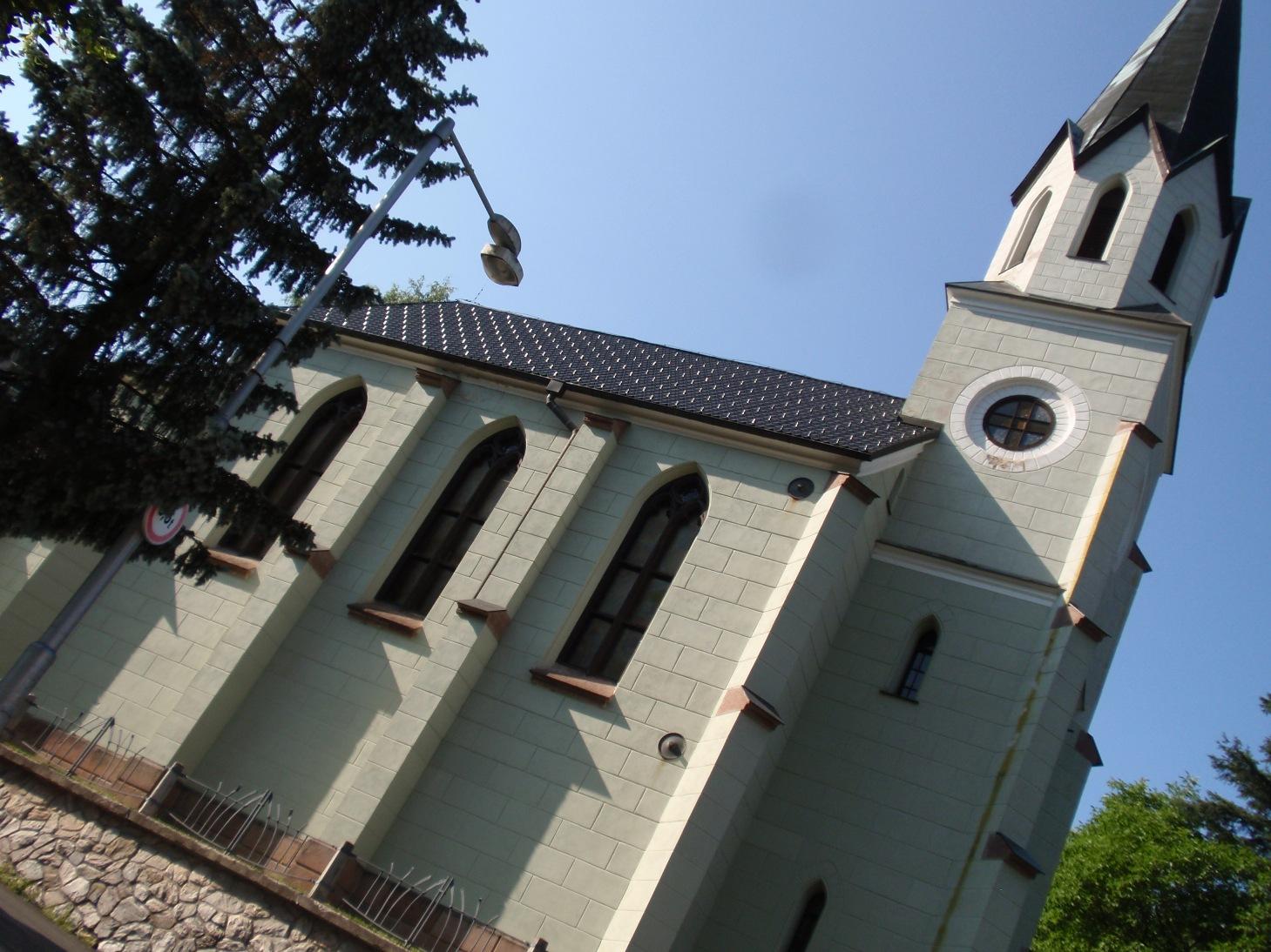 Janske Lazne kostel